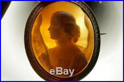 ANTIQUE 18K GOLD FINELY CARVED SHELL ARCHANGEL GABRIEL CAMEO BROOCH c1870