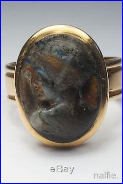 BEAUTIFUL ANTIQUE 18K GOLD FINELY CARVED LABRADORITE CAMEO RING c1800's