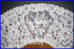 Fine Antique French Carved Blond Horn Belgian Brussels Hand Made Lace Fan