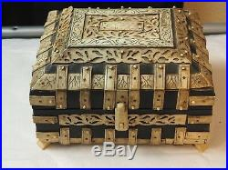 Fine Antique Hand Carved Bovine(cow)Bone Box hinged top with lock & Compartments