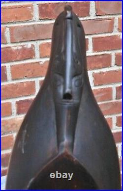Fine Antique Sumatran Hasapi Carved Lute, Ancestor Carving, Great Dark Patina