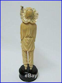 Fine Antique / Vintage Chinese Carved Figure Statue with wood stand 10.5