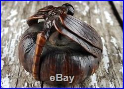 Fine Edo Period Japanese Carved Wooden Netsuke 19th Century Art Fine Carving