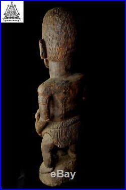 Fine Vintage Large Carved Female Figure, Kambot Village, Papua New Guinea, PNG