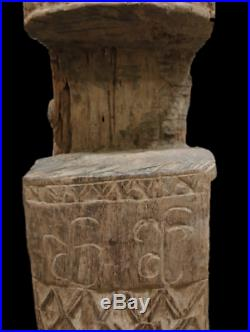 Finely Carved Threeshold Planck of Meeting Hall (lopo) West Timor Indonesia