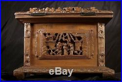 LOVELY c1890 CHINESE FINE CARVED JEWELLERY BOX in SANDALWOOD with key, Cantonese