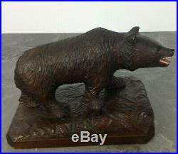 Old fine Swiss Brienz Black Forest Hand Carved Bear 10 inch x 6,25 inch