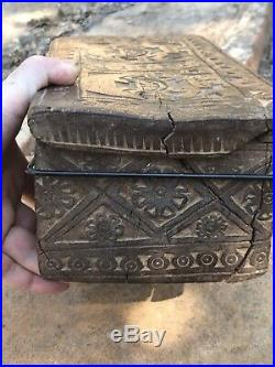 Pre columbian Chimu Wari Wooden Box Finely Carved Rich Patina