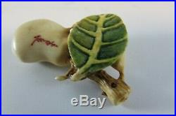 Rare estate Old Fine quality Vintage Japanese Carved signed Netsuke Toad or Frog