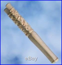 Stunning Rare Fine Quality Edwardian Chinese Carved Ladies Cigarette Holder