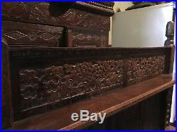 Very fine 17th century flemish carved solid oak gothic dresser cabinet deudarn